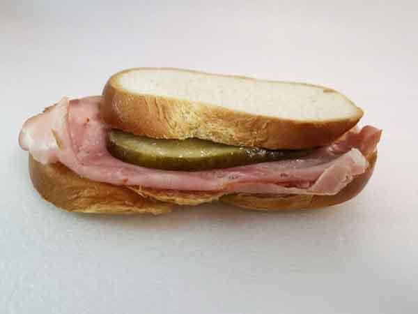Zopf-Sandwich mit Schinken